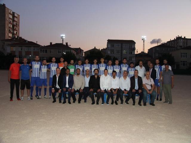 İçerenköy İdmanyurdu Spor Kulübü Yeni Sezon Açılışını ve Takım Tanıtımını Gerçekleştirdi