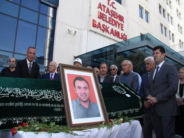 Ataşehir Belediyesi'nde güleryüzlü mesai arkadaşlarına son veda