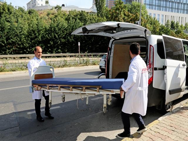 Ataşehir Belediyesi'nden hastalara yardımeli