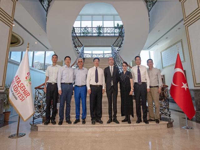 Çin Huzhou Belediyesi Heyeti Ataşehir Belediyesi Çalışmalarını İnceledi