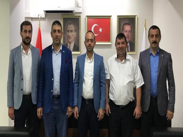 Kızılay Ataşehir Şubesi'nden Siyasi Partilere Ziyaret