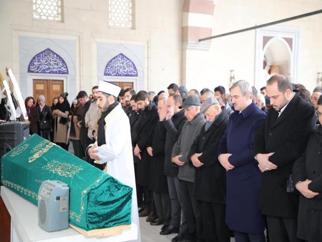 Ahmet Akın Ataşehir'de Son Yolculuğuna Uğurlandı