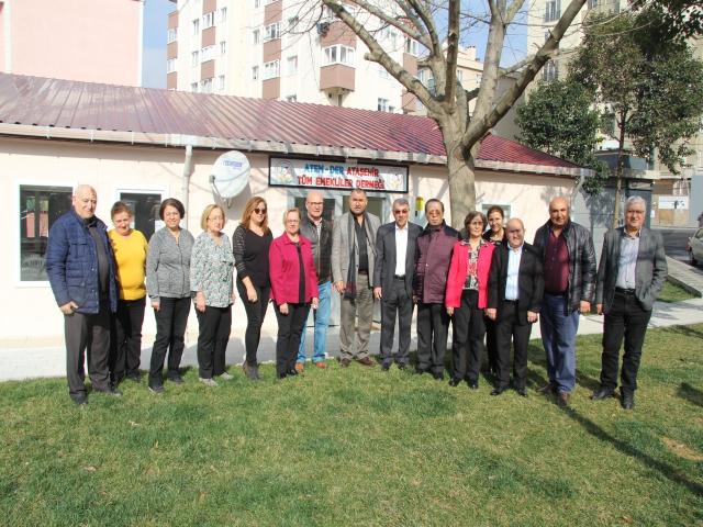 Ataşehir Tüm Emekliler Derneği Yeni Yerinde Basın Mensuplarını Ağırladı