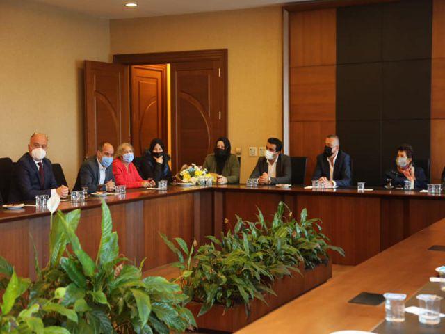 İçerenköy Derneği Başkanı Niyazi Yaman ve Üyelerden Başkan İlgezdi'ye ziyaret