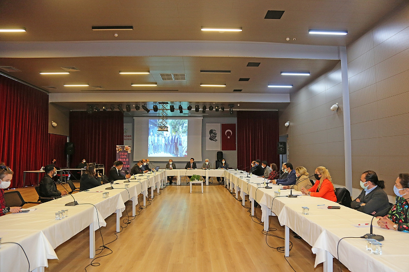 Anadolu Yakası'nın İlk Romanlar Günü Ataşehir'de Kutlandı