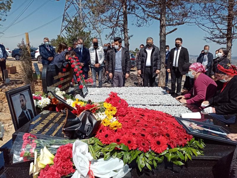 Genç Meclis Üyesi Uğurcan Demir mezarı başında anıldı!