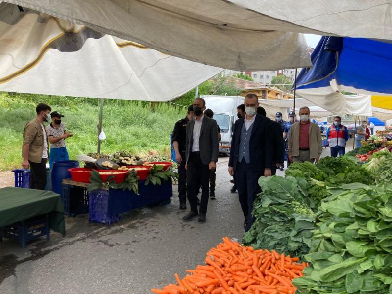 Ataşehir'de pazarlara 'Tam Kapanma' denetimi