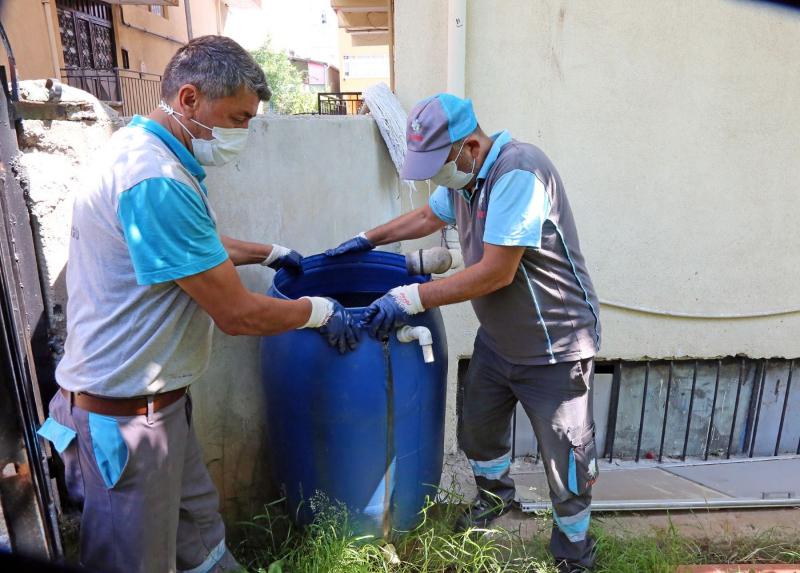 Ataşehir'de sivrisineklerle mücadele başlatıldı