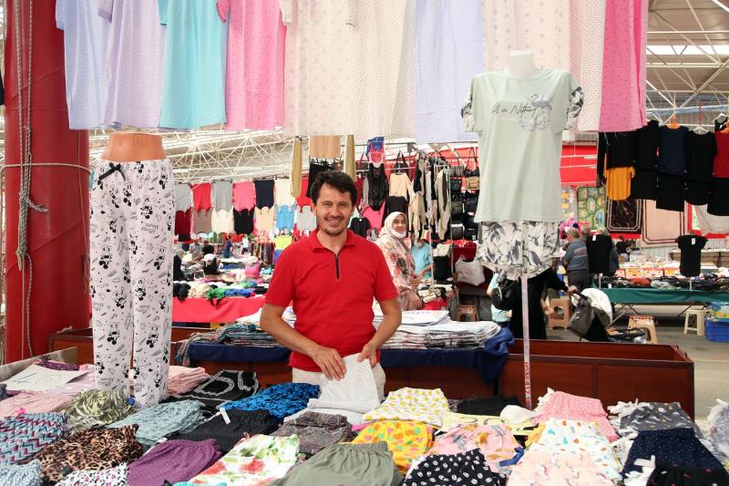 Ataşehir'in çok amaçlı pazarı süprizlerle açıldı