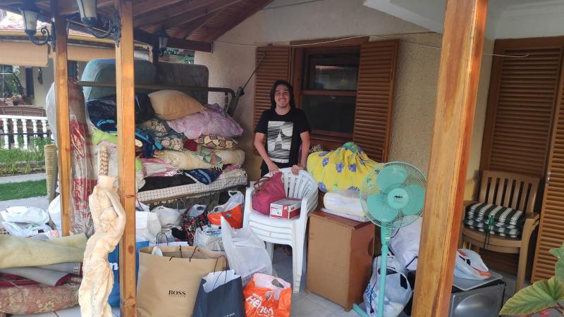 Ataşehir'li lise öğrencisi yangın bölgesi için 3 kamyon yardım topladı