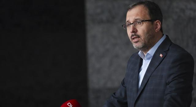 Bakan Kasapoğlu, federasyon başkanları ile toplantısı sonrası açıklama yapacak
