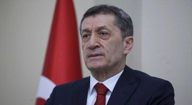 Milli Eğitim Bakanı Selçuk: Uzaktan eğitimin süresine ilişkin karar en kısa zamanda açıklanacak
