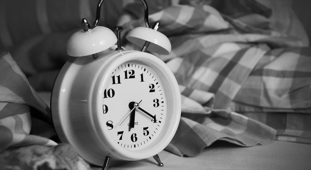 Virüsle ilgili asılsız bilgilerle bozulan uyku düzenini sağlama önerileri