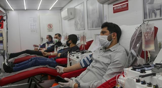 Kan bağışıyla 3 kişiye can olurken, stresi azaltmak da mümkün