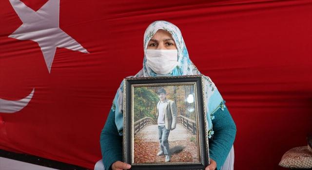 Diyarbakır annelerinden Salim: Oğlumu almadan buradan gitmeyeceğim