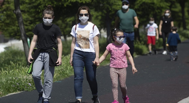 Prof. Dr. Ateş Kara: Koronavirüsü çocuklara korkutmadan anlatın