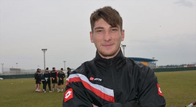 Trabzonspor genç forvet Rahmi Anıl Başaran ile sözleşme imzaladı