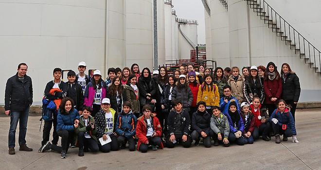 Ataşehirli Öğrenciler geri dönüşüm tesislerini ziyaret etti