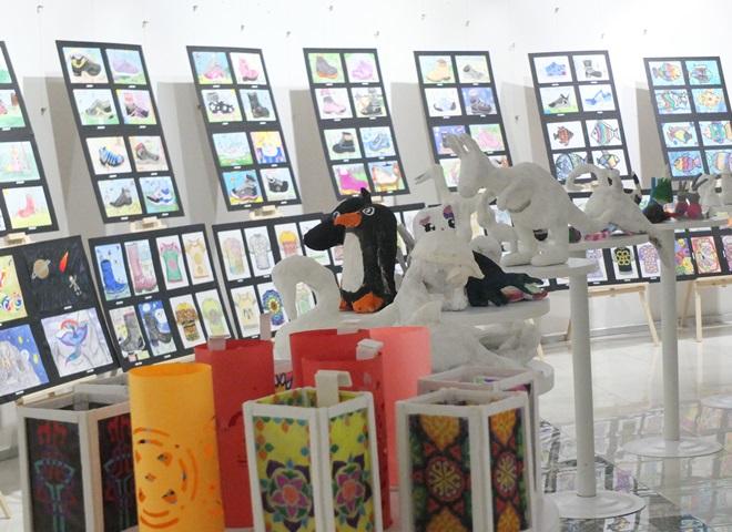 Fuat Sezgin Bilim ve Sanat Merkezi'nden Yıl Sonu Sergisi ve Konseri