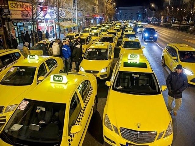 Servis, Minibüs derken Taksi ücretlerine zam!