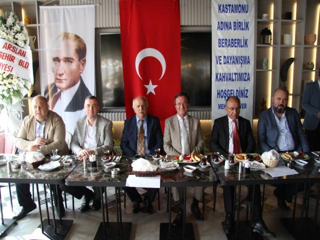 Mehmet Alver'den Güçlü Kastamonu için birlik ve dayanışma kahvaltısı