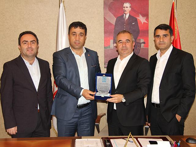 Ataşehir Erzurumlular Vakfı'ndan Başkan Yardımcıları Köse ve Özdemir'e ziyaret