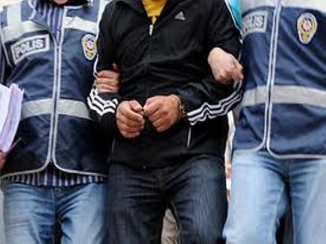 Ataşehir'de işyerinden para çalan hırsız yakalandı