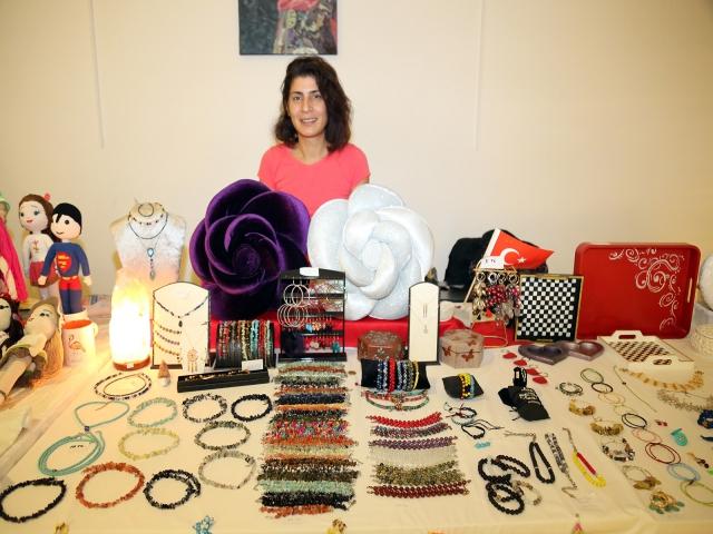 Ataşehirli kadınlar kendi ürettikleri ürünlerle aile ekonomilerine katkı sağlıyor