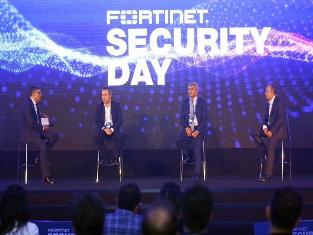 İBB, Siber Güvenlik Zirvesi'nde İstanbul'un Dijital Dönüşümünü Anlattı