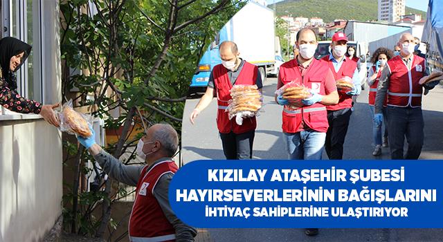 Türk Kızılayı Ataşehir Şubesi Hayırseverlerin Bağışlarıyla Ramazan Pide Dağıtımlarını Sürdürüyor