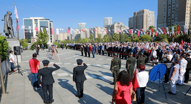 Ataşehir'de 30 Ağustos resmi törenle kutlandı