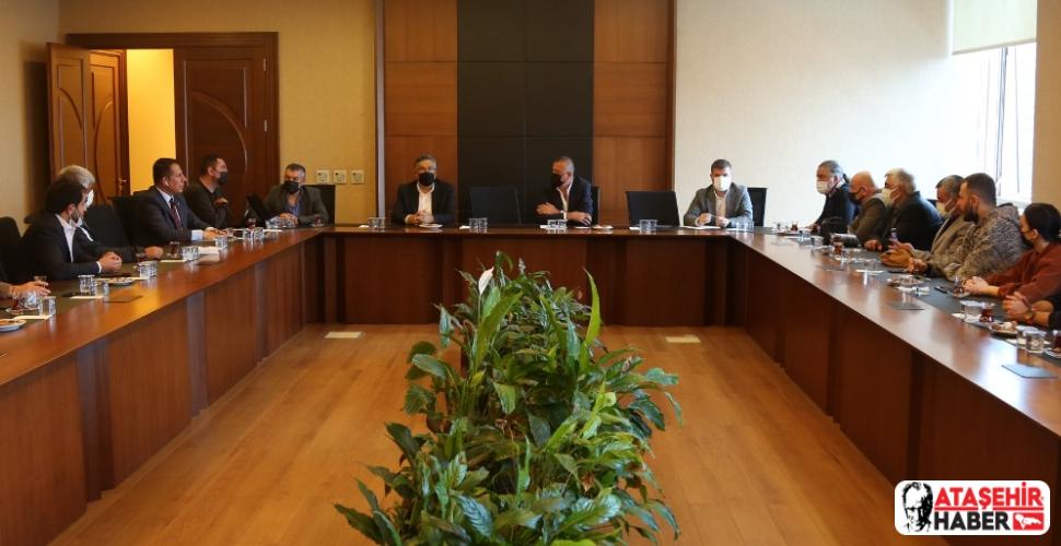 Ataşehir Amatör Spor Kulüpleri Platformu Üyelerinden Başkan İlgezdi'ye ziyaret!
