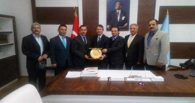 Yılın Eğitim Bürokratı Ödülü İstanbul İl Milli Eğitim Müdürü Levent Yazıcı'ya Verildi