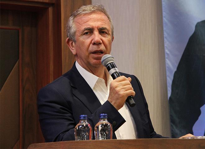 Mansur Yavaş, Ataşehir'de Halk Buluşmasına Katıldı