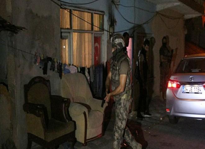 Ataşehir'de eş zaman zamanlı operasyon