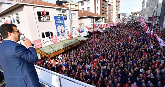 İmamoğlu ve İlgezdi, Küçükbakkalköy'de Ataşehirlilerle Buluştu