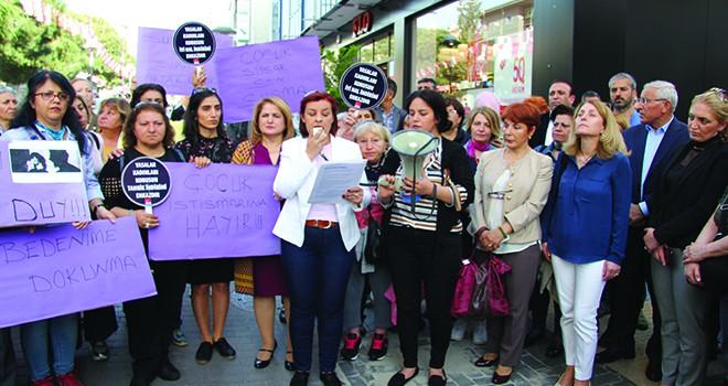 CHP Ataşehir Kadın Kollarından çocuk istismarına karşı protesto