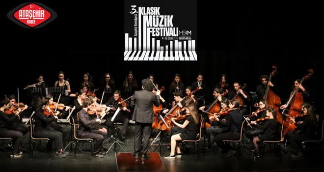 Ataşehir'in gururu gençlerin performansı büyük beğeni topladı