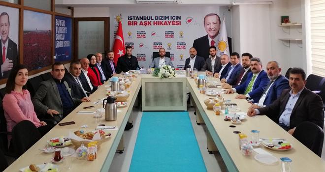 AK Parti Belediye Meclis Grubu İlk Toplantısını Gerçekleştirdi