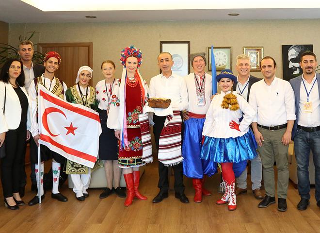 Ataşehir Belediyesi HAYFEMFEST kapsamında dünya dansçılarını ağırlıyor
