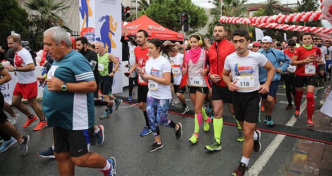 10. Uluslararası Zeytinburnu Cumhuriyet Koşusu Başlıyor