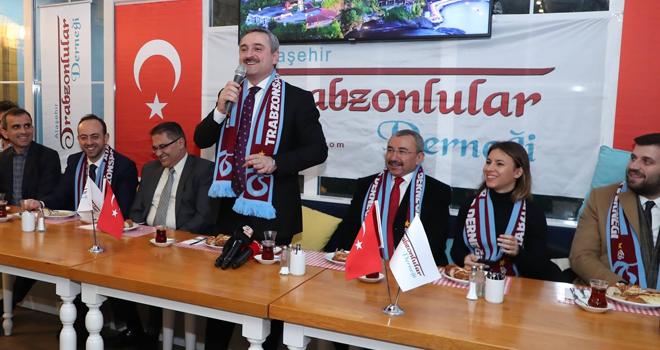 Ataşehir Trabzonlular Derneği, Bayram Şenocak'ı Ağırladı