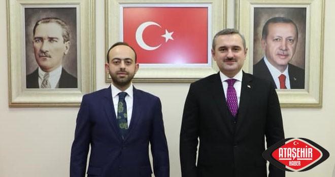 AK Parti Ataşehir Yeni İlçe Başkanı Mehmed Emin Özkaya Kimdir?