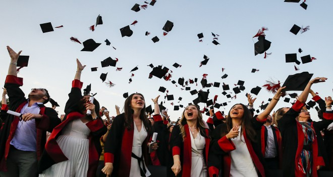Türkiye'de her 100 mezundan 61'i iş buluyor