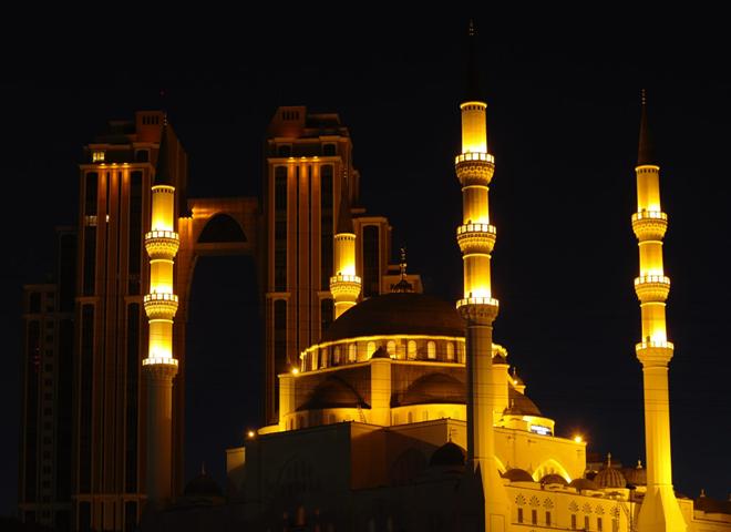 Ataşehir'de 15 Temmuz gecesi 67 Camide eş zamanlı selalar okundu