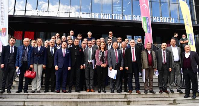 İmamoğlu, CHP'nin 39 İlçe Başkanlarını Ağırladı