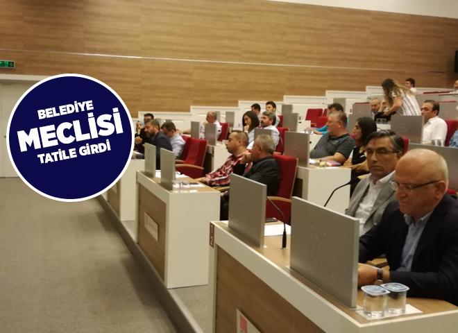Ataşehir Belediye Meclisi Tatile Girdi!