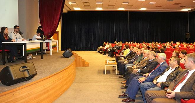 Ataşehir Belediyesi personeline 'Engellilere yönelik doğru davranma' semineri verildi
