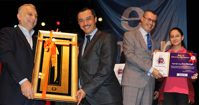 El'Vera(Tanı Kendini) Temalı Bilgi Yarışmasında Dereceye Giren Öğrenciler Ödüllendirildi