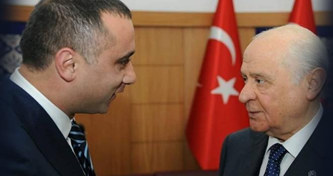 MHP'li Hakan Arıkaya AK Parti Belediye Meclis Grubundan istifa etti